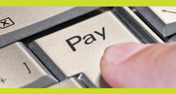 Betal de indefrosne feriepenge nu og spar renter